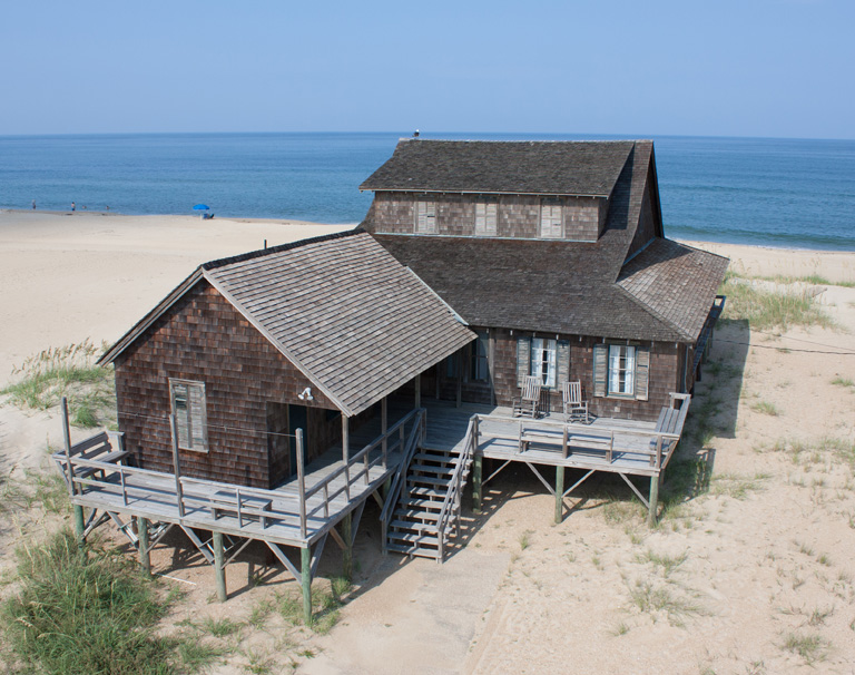 History by the sea the unpainted aristocracy of nags head for Cottage builders nc