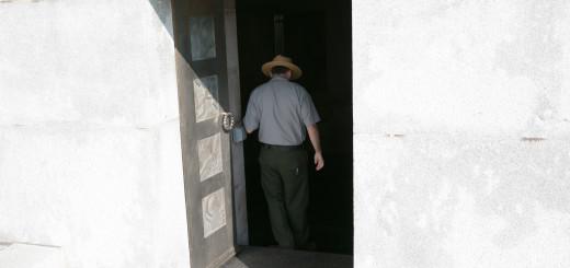 memorial door2