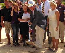 Elan Vacations Breaks Ground for University Park