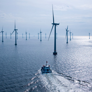 Lillgrund Offshore Wind Farm off the coast of Sweeden. Photo, Siemans Press.