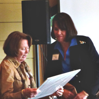 Dorothy Hester presenting Champion Award to Jane Webster.